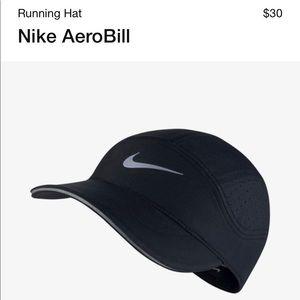 NWT Nike Aerobill running hat